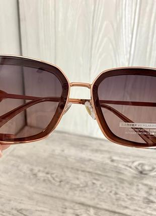 Солнцезащитные женские очки polar 3235 цвета шампань квадратные2 фото