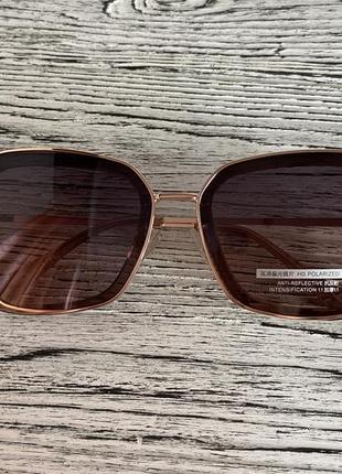 Солнцезащитные женские очки polar 3235 цвета шампань квадратные4 фото