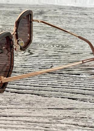 Солнцезащитные женские очки polar 3235 цвета шампань квадратные6 фото