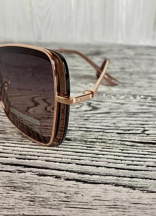 Солнцезащитные женские очки polar 3235 цвета шампань квадратные5 фото