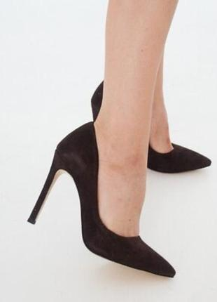 Чёрные замшевые туфли босоножки на шпильке с острым носом new look