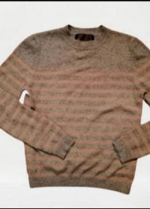 Фирменный кашемировый свитер