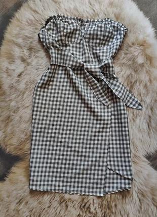 Клетчатое платье-бюстье с поясом и асимметричным низом