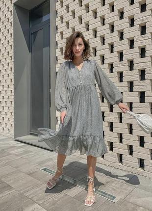 Лёгкое воздушное летнее платье в баской