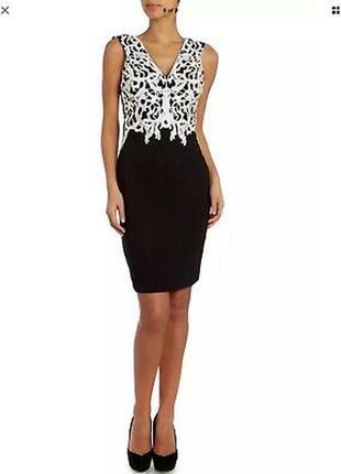 Lipsy платье чёрное белое с кружевом миди по фигуре карандаш футляр классическое нарядное