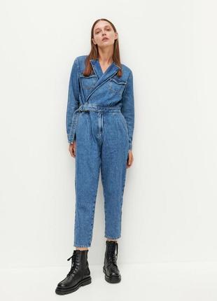 Шикарный комбинезон джинсовый с ремнём