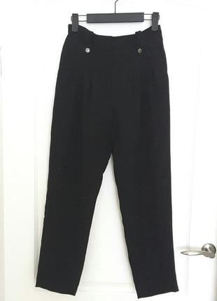 Красивые черные брюки next