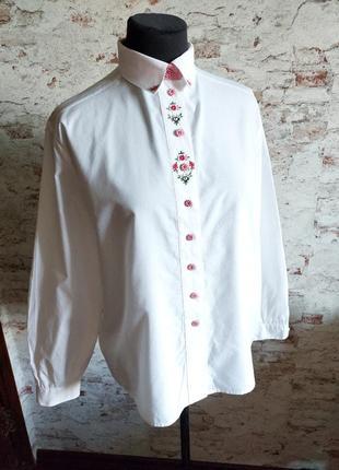 Винтажная австрийская рубашка блуза с вышивкой