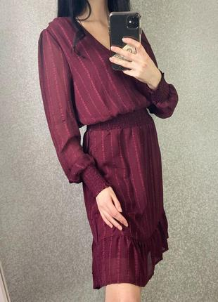 Новое платье бордо в размере c-м
