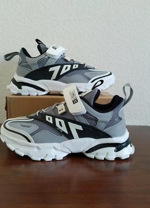 Стильні кросівки cbt для хлопчика. р-ри 31-36 маломірять