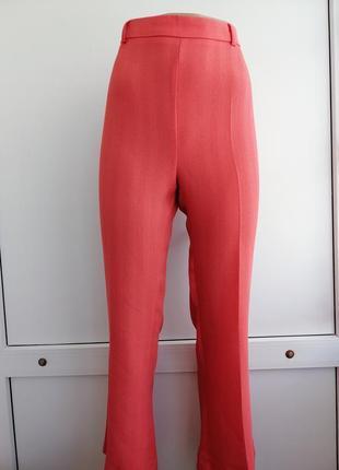 Брюки штаны женские кораллового цвета летние