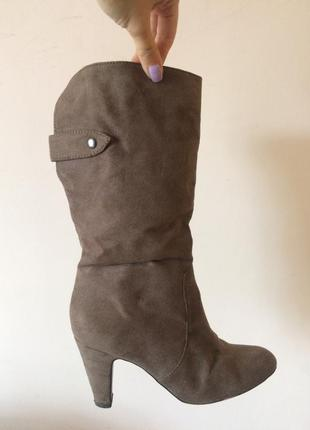 Zara сапоги 36 размер, удобный каблук