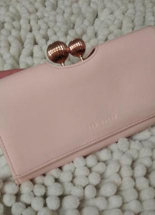 Кожаный кошелек,гаманець,кожа цвет пудра ted baker