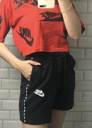 Женские шорты nike