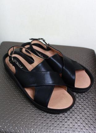 Ультрамодные чёрные босоножки-сандалии kanuchun (размер 40.5-41)