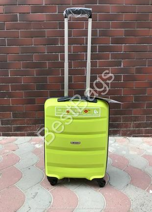 Валіза - чемодан airtex 229 s лайм