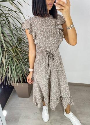 Платье женское нарядное летнее легкое миди длинное свободное с поясом бежевое2 фото