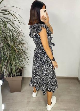 Платье женское нарядное летнее легкое миди длинное свободное с поясом бежевое6 фото