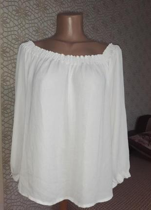 Блузка  белая летящая