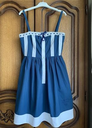 Неймовірне плаття moschino mare