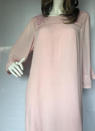 Красивое платье  швеция