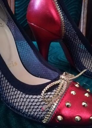 Туфли красные кожа christian louboutin! made in italy1 фото