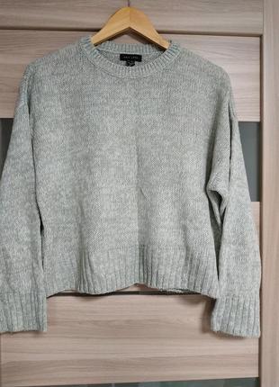 Стильный базовый теплый свитер оверсайз