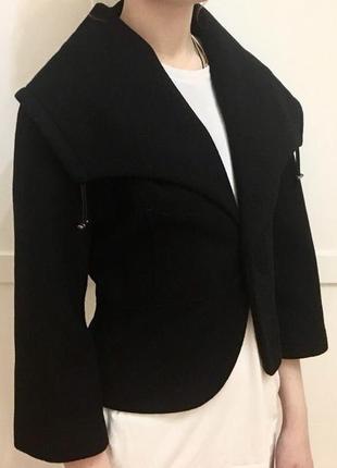 Пиджак  итальянского бренда motivi