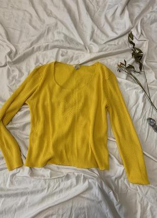Легкий светер