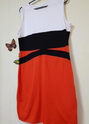 Платье,тоненькое,летнее,прямого кроя,трикотаж.