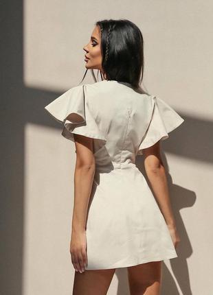 Шикарное платье мини  с обьемными рукавами воланами