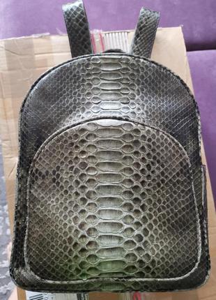 Рюкзак с кожи питона с бали