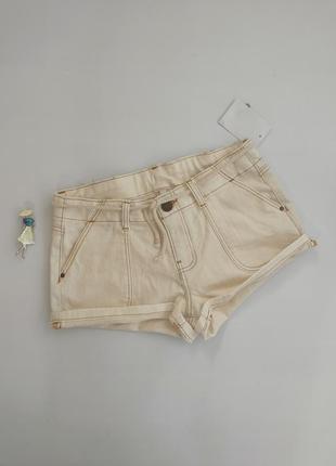 Бежевые кремовые джинсовые шорты c&a 170 / 176 см eu 36 (s)