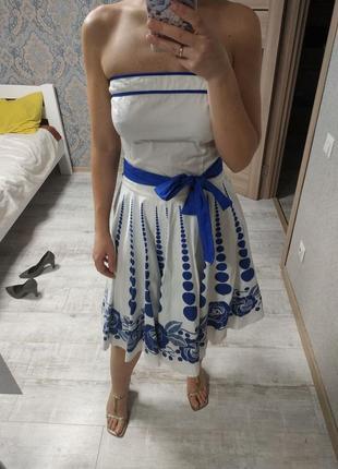 Нежное хлопковое платье бюстье миди длины