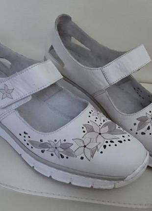 Женские туфли rieker белого цвета из натуральной кожи, размер 39
