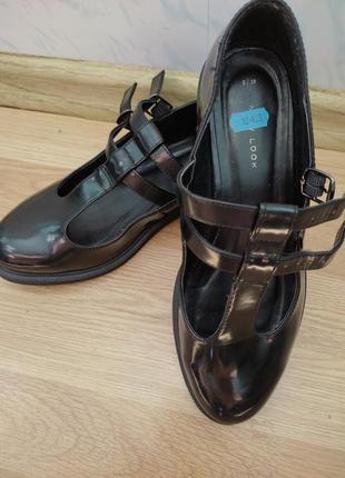 Туфли new look