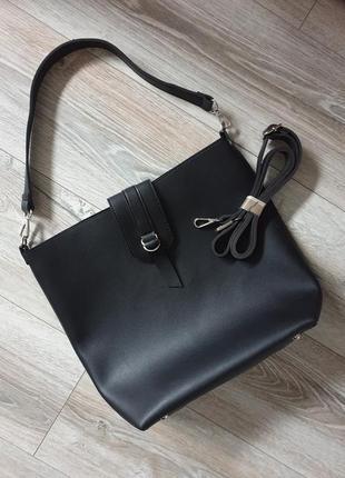 Универсальная минималистичная кожаная сумка шоппер