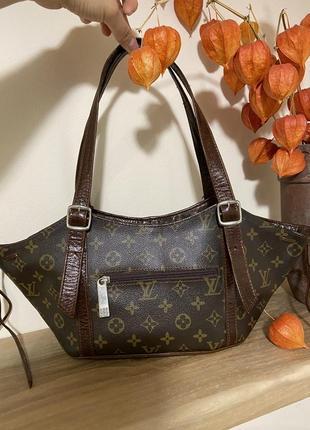 Фирменная стильная качественная натуральная сумка из кожи