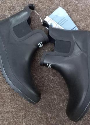 Резиновые ботинки-челси