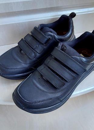 Кожаные кроссовки clarks, 32.5 размер, индия.