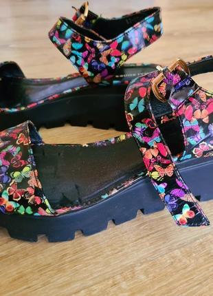 Босоножки olli shoes