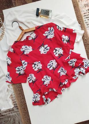 Яркая блуза с рюшами / воланы /  цветочный принт / блузка / футболка на завязке