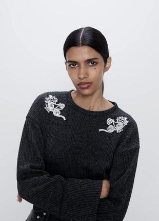 Zara свитер с брошкой пуловер джемпер