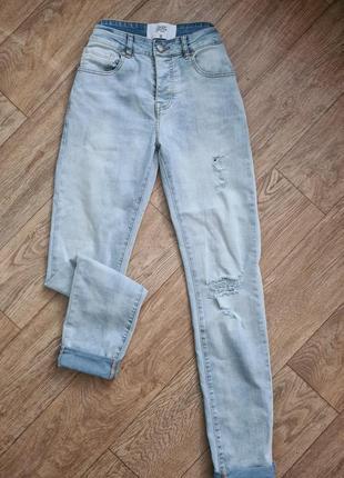 Стильные джинсы, джинси скинни