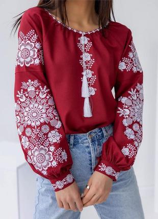 Вишита блуза