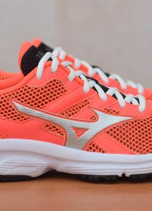 Оранжевые женские кроссовки mizuno spark, 38.5 размер. оригинал