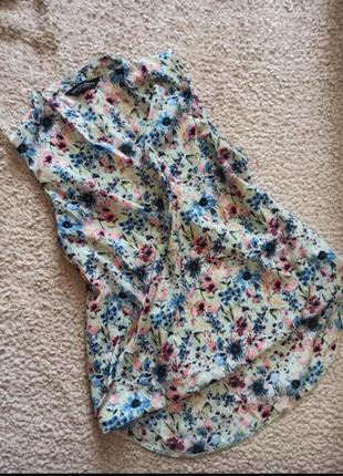 Удлиненная блуза на запах в цветочный принт