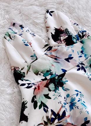 Летнее платье missguided в цветочный принт