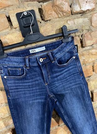 Жіночі джинси zara розмір 24 свіжі колекції стан нових