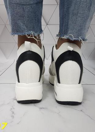 Женские кроссовки комбинированые белые с серым, женские кроссовки на массивной подошве, кроссовки на танкетке, сникерсы комбинированые серые5 фото